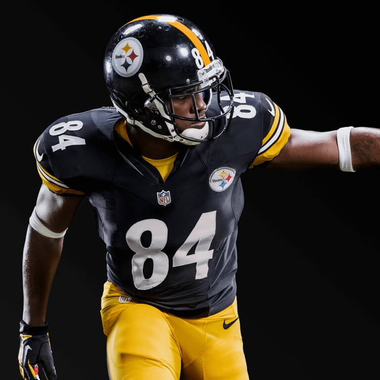 Explore the detailed player ratings and week by week season updates of players from Madden NFL