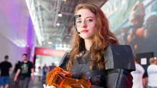 Girl in Mass Effect Cosplay