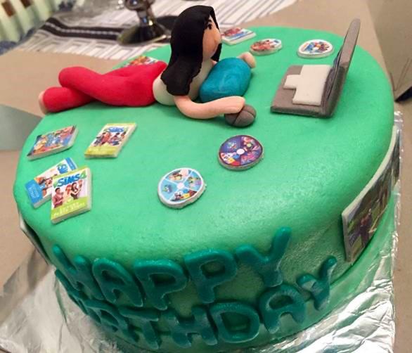 Fine 8 Amazing Fan Made Cakes Based On Ea Games Funny Birthday Cards Online Alyptdamsfinfo